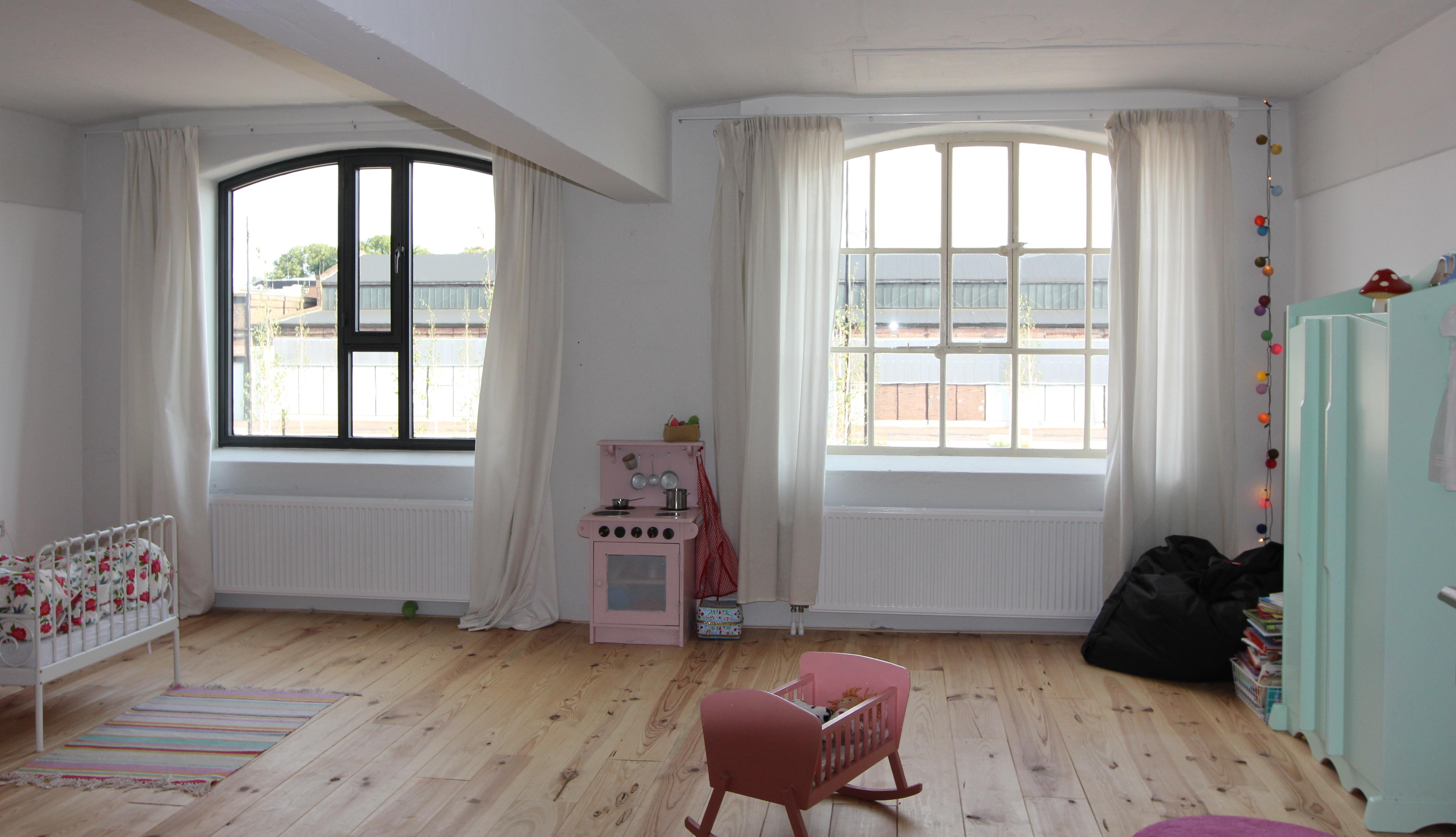 Witte Grenen Vloer : Wit verven houten vloer: houten vloer wit verven. houten vloer